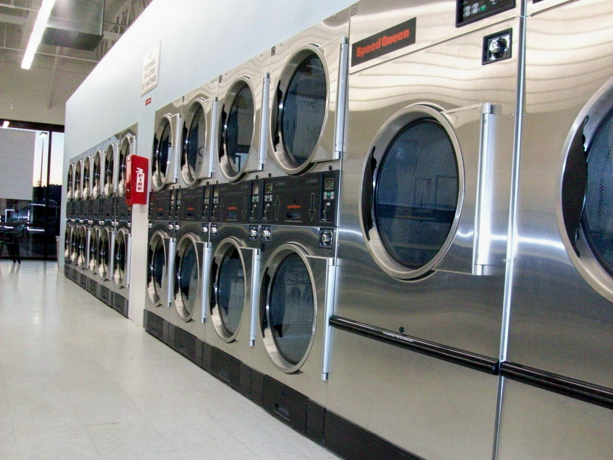 clean coin laundry